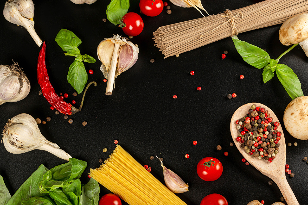 Desktop Wallpapers Pasta Tomatoes Chili pepper Black pepper Allium sativum Food Black background Garlic