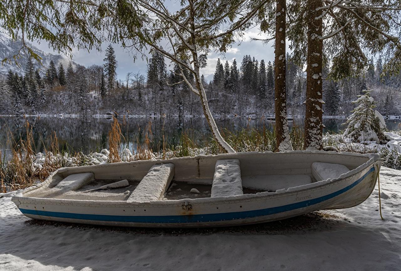 Pictures Switzerland Lake Cresta Winter Nature Snow Boats