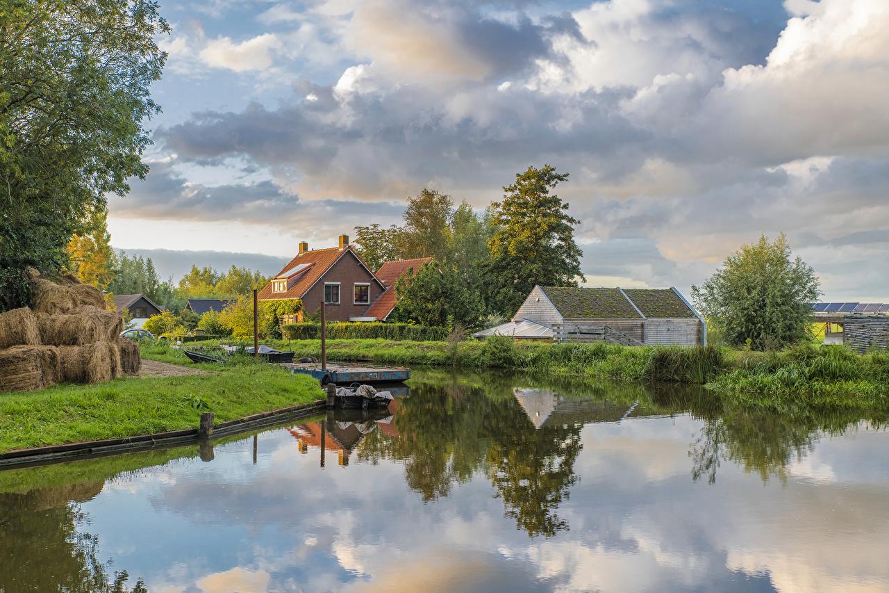 Bilder von Niederlande Woerden Kanal Natur Schiffsanleger Städte Strauch Gebäude Bootssteg Seebrücke Haus