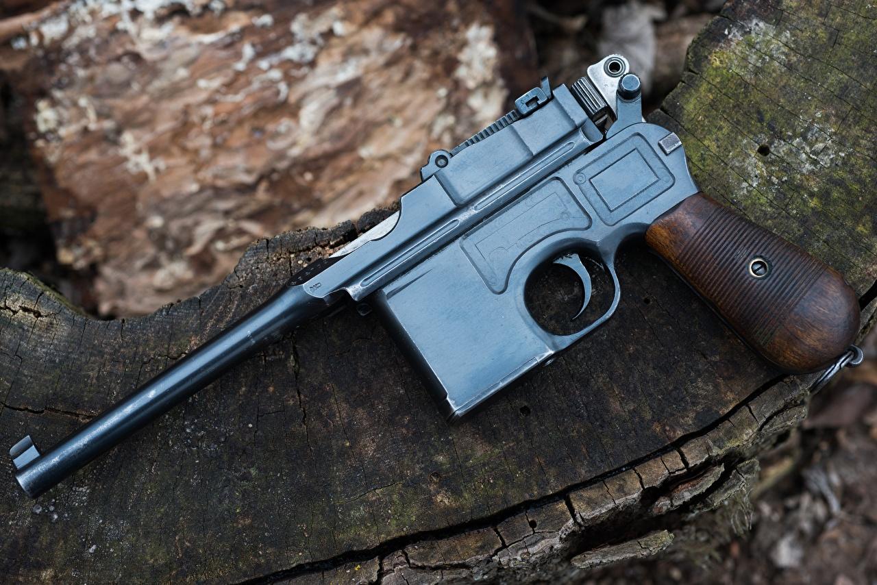 Fotos von Pistolen 1918 Mauser C96 automobil Großansicht Pistole auto Autos