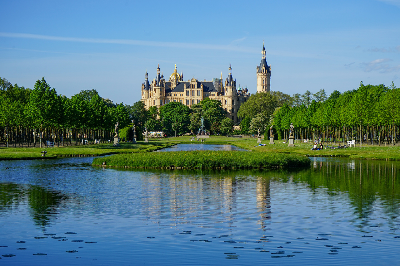 Wallpaper Germany towers Schwerin Castle, Mecklenburg-Vorpommern Castles Pond Trees Cities Tower castle
