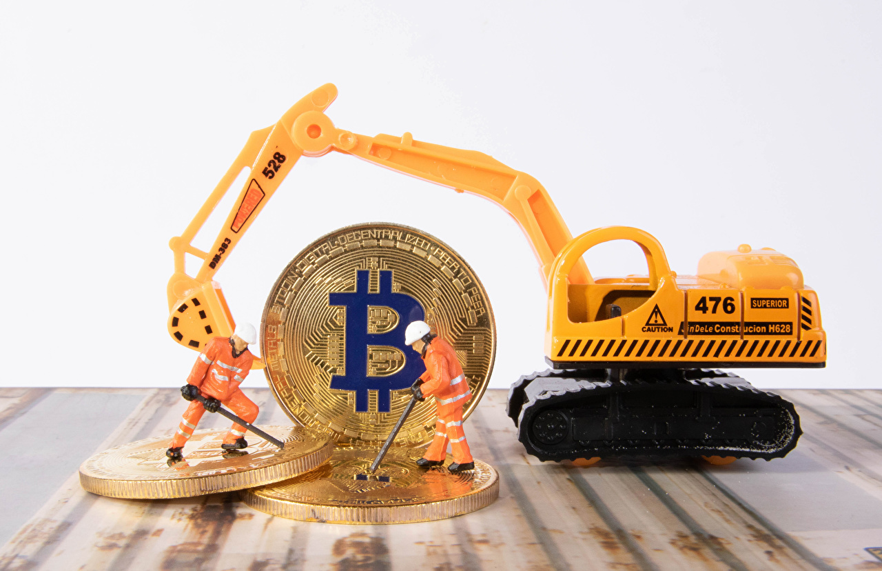 Picture Coins Bitcoin Men Excavator toy Man Toys