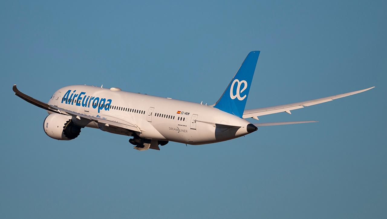Desktop Hintergrundbilder Boeing Flugzeuge Verkehrsflugzeug B-787-8, Dreamliner, Air Europa Luftfahrt