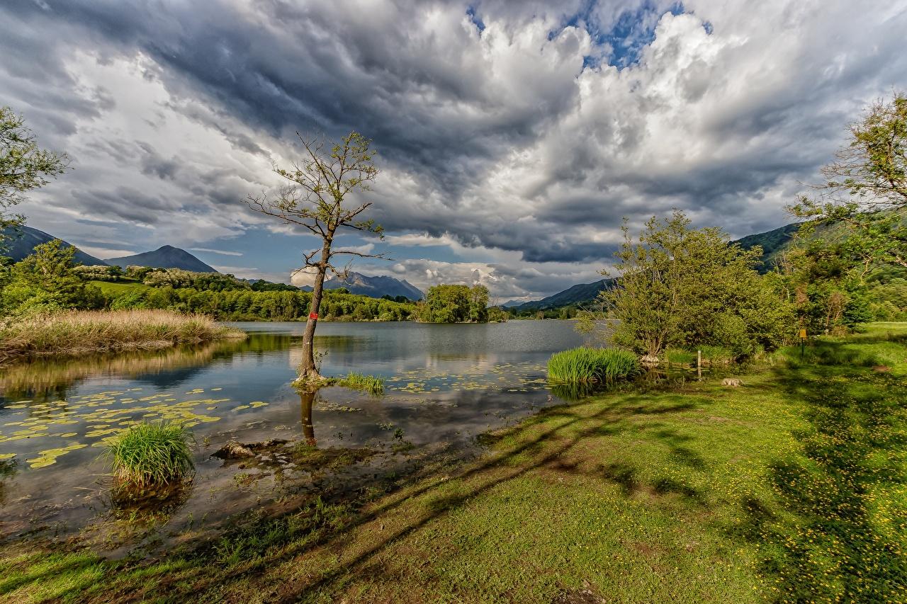 Achtergronden bureaublad Frankrijk Bergen Natuur Hemelgewelf rivier Wolken berg Rivieren