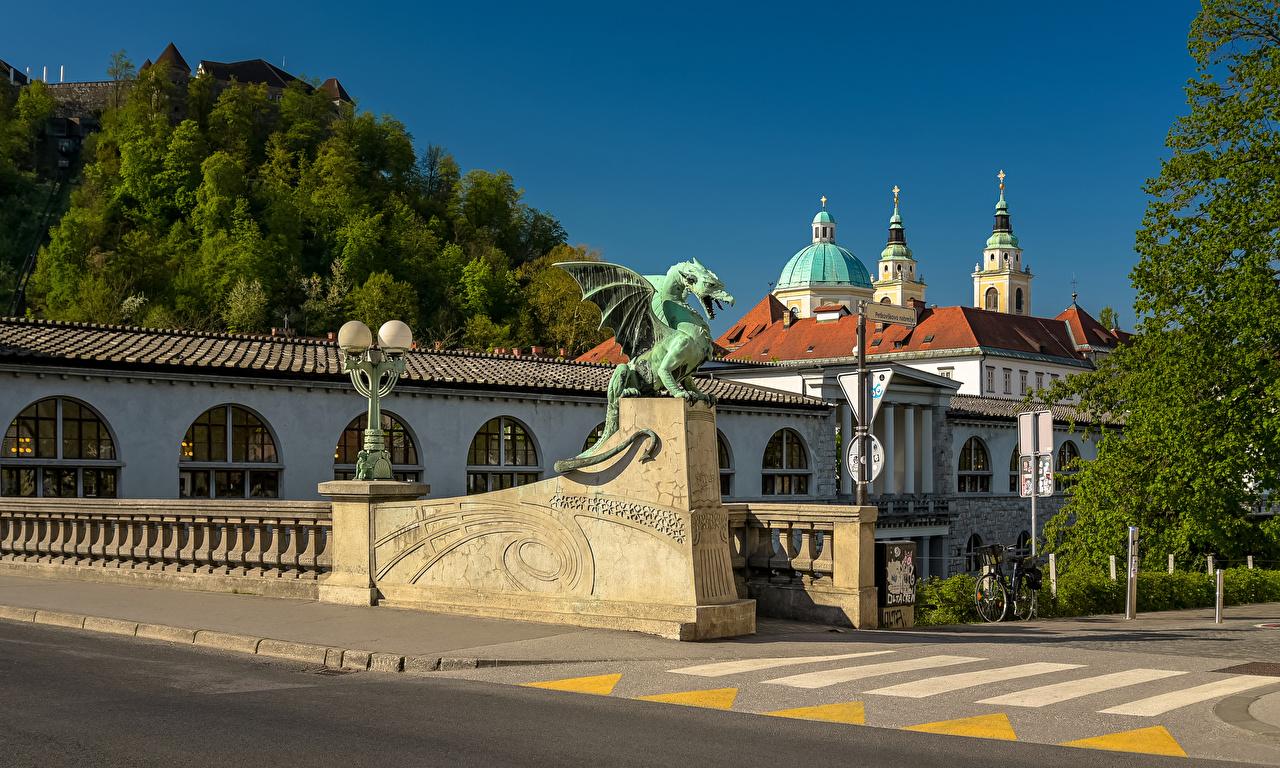 Bilde Slovenia Ljubljana Broer Tempel Gatelykter Hus en by Skulptur en bro Gatebelysning Byer byen bygning bygninger