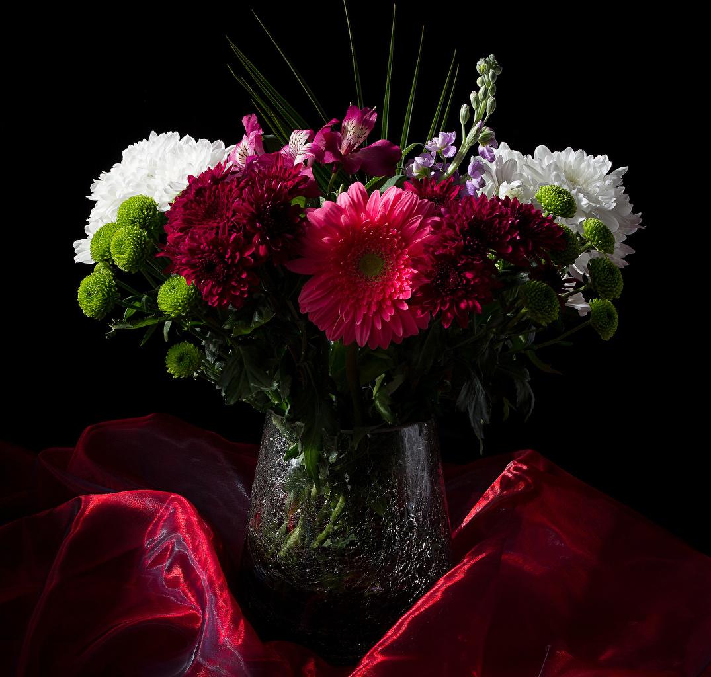 Buquê Matthiola Chrysanthemum Alstroemeria Fundo preto Vaso flor, buquês, crisântemos Flores