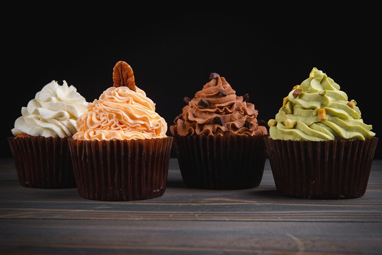 Fotos 4 Cupcake Lebensmittel Großansicht