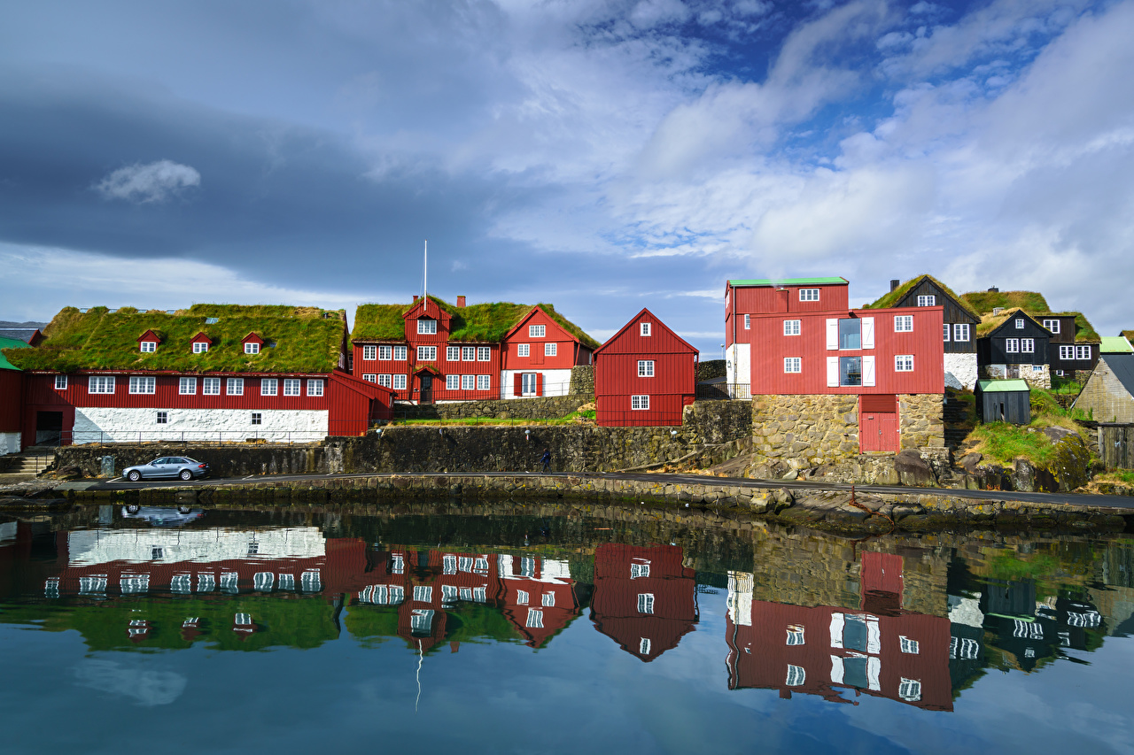 Desktop Wallpapers Denmark Reflection Houses Clouds Cities reflected Building