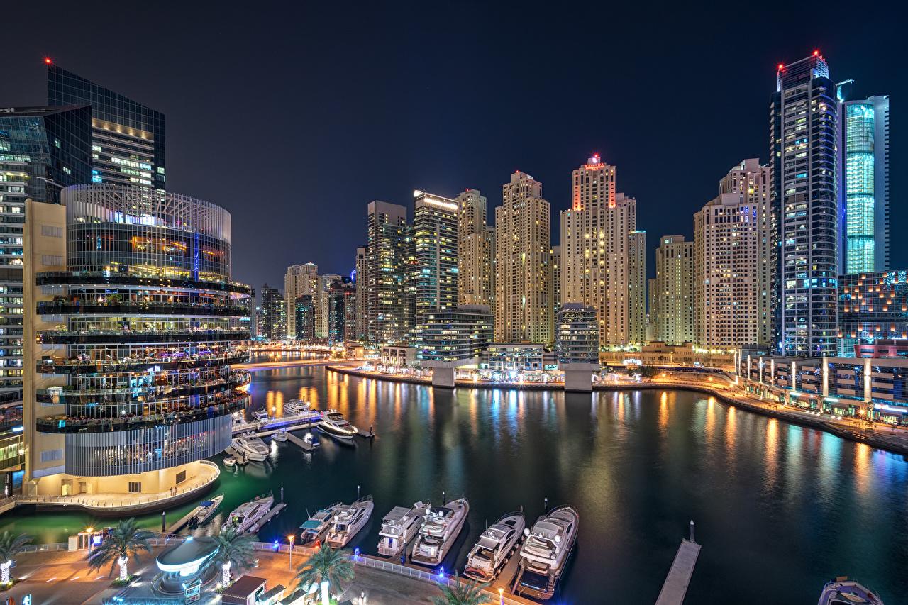 Photo Emirates UAE Dubai Marina Night Yacht Skyscrapers Cities Building night time Houses