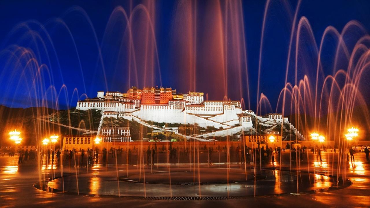 Photo Palace China Fountains Monuments Potala palace, mount Marpo Ri, Lhasa's, Tibet Autonomous region Night Street lights Cities night time