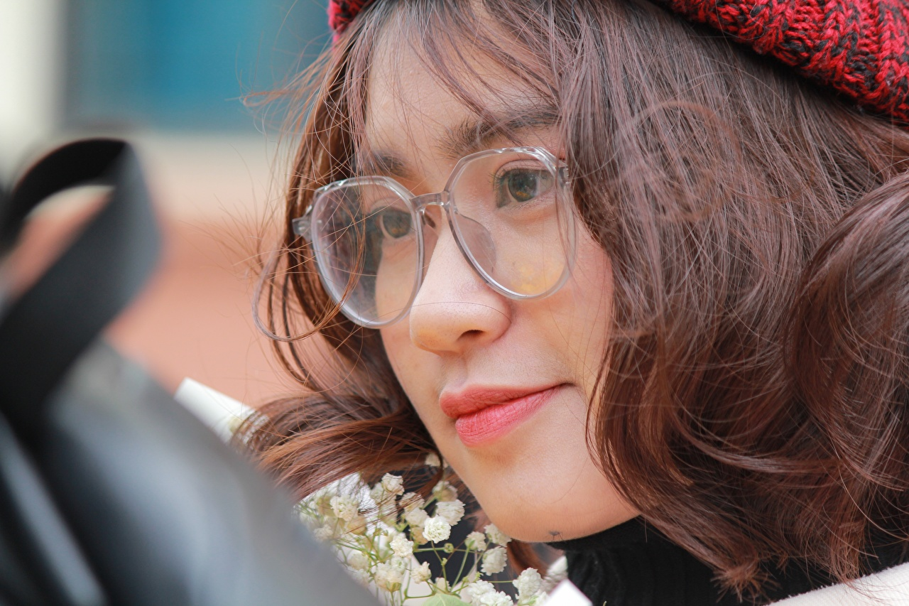 Desktop Wallpapers Brown haired Face female Asian Glasses Closeup Staring Girls young woman Asiatic eyeglasses Glance