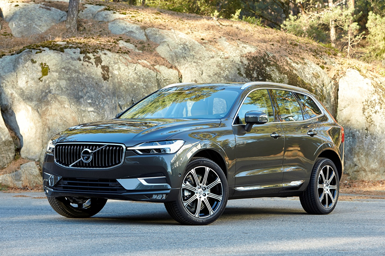 Photos Volvo Crossover xc60 2018 Black Cars Metallic CUV auto automobile