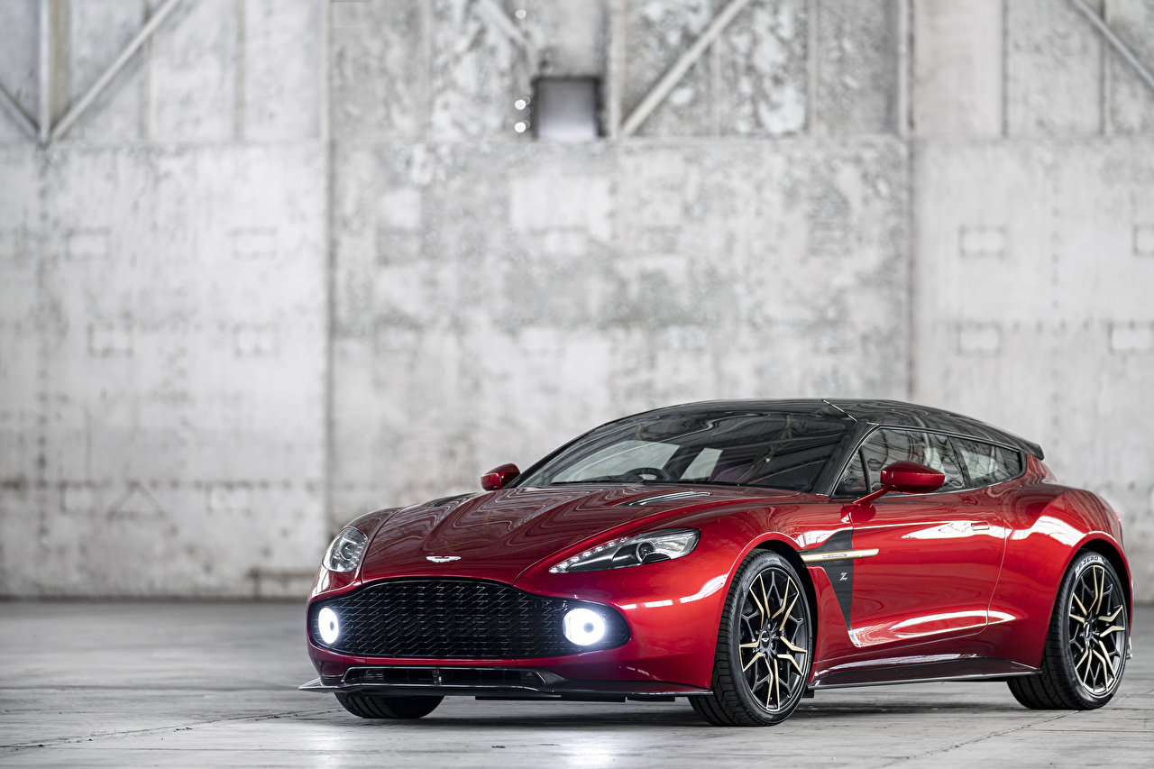 Photo Aston Martin 2018-19 Vanquish Zagato Shooting Brake Zagato Red Cars Metallic auto automobile