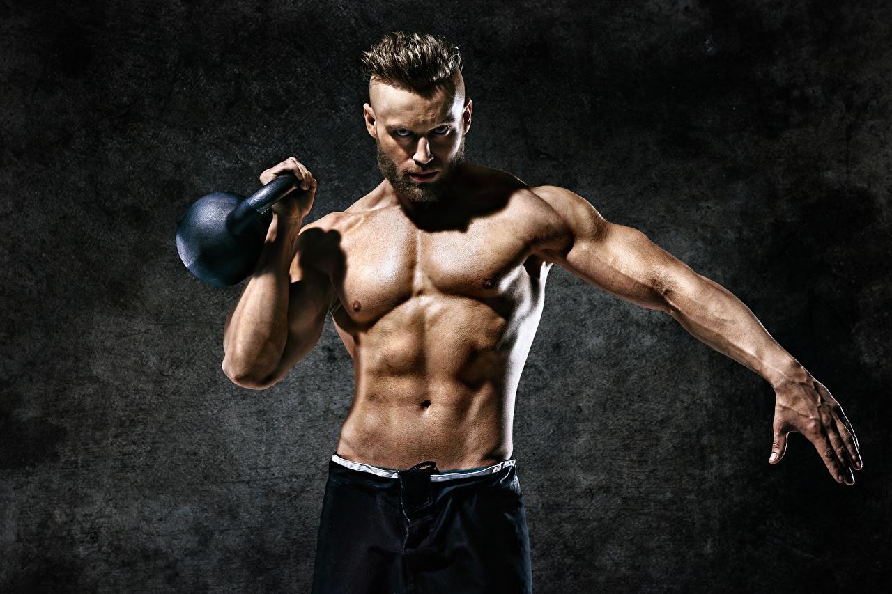 Bilder Mann Muskeln Kugelhantel Fitness Sport Hand Bauch sportliches