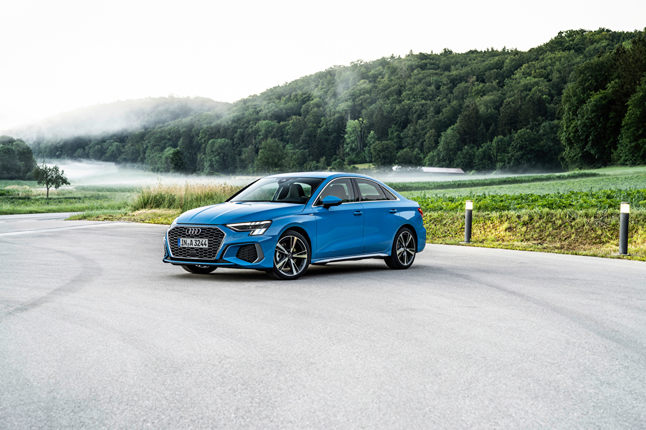 Foto Audi A3 Sedan 35 TDI S line Worldwide, 2020 Hellblau Autos Metallisch auto automobil