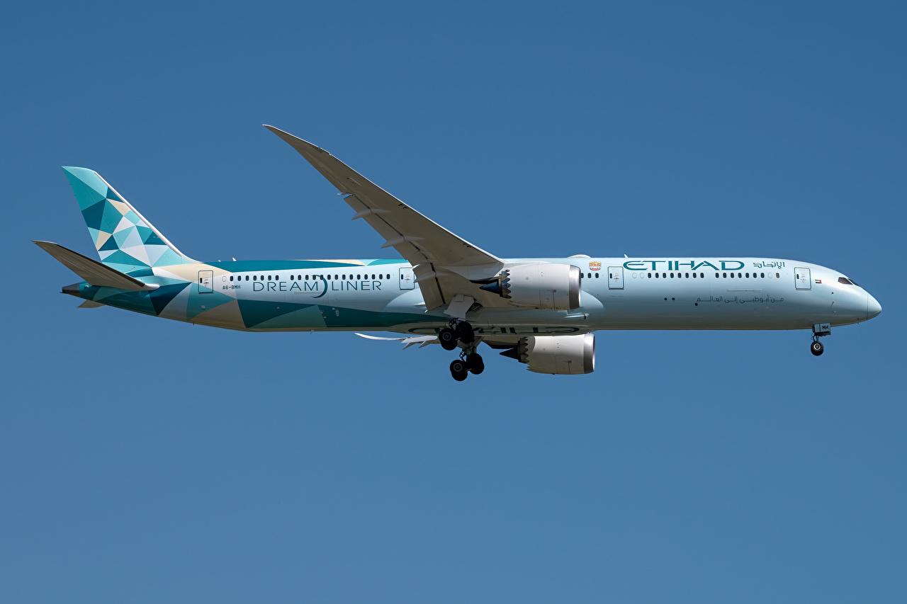 Bilder Boeing Flugzeuge Verkehrsflugzeug Dreamliner, 787-10, Etihad Airways Seitlich Luftfahrt