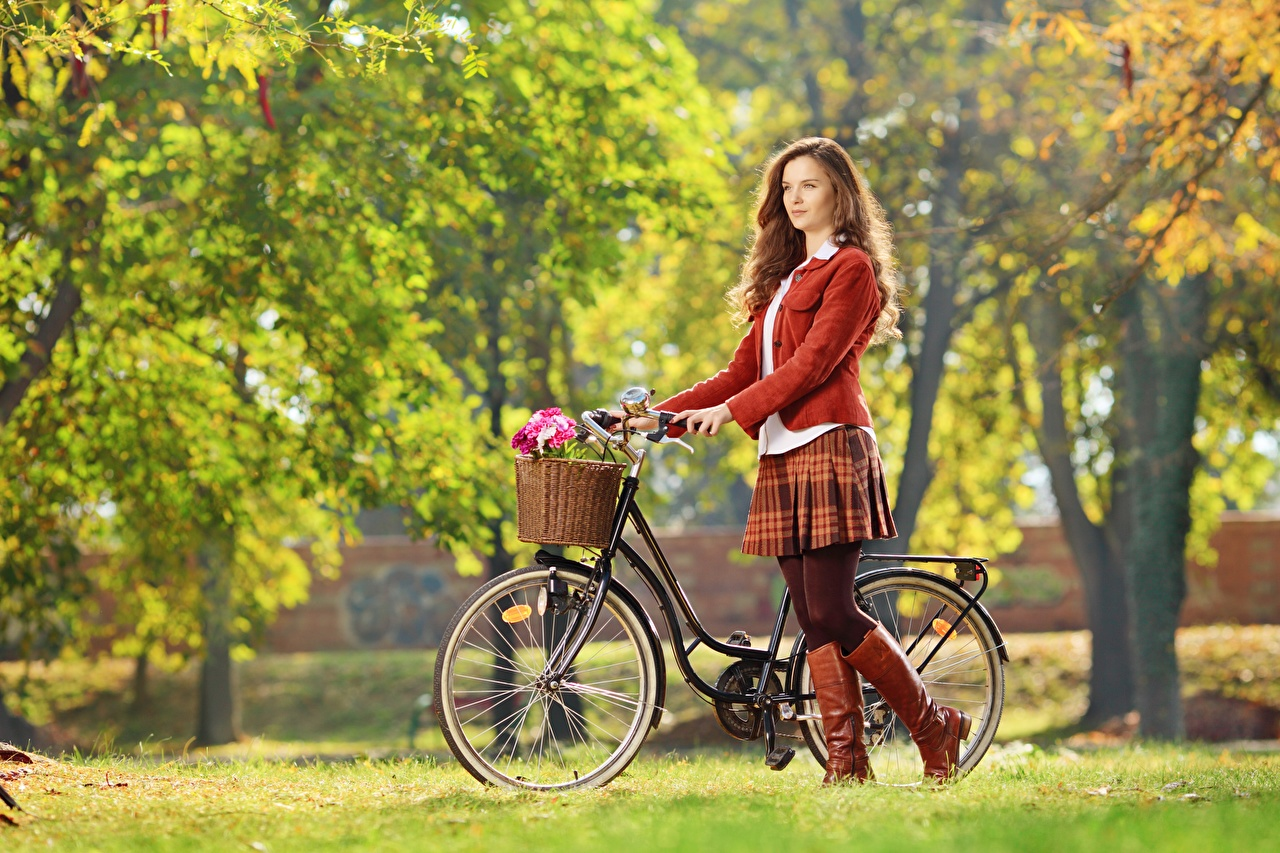 Photos Brown haired Wearing boots Bokeh bike Autumn young woman Legs Wicker basket Grass blurred background Bicycle bicycles Girls female