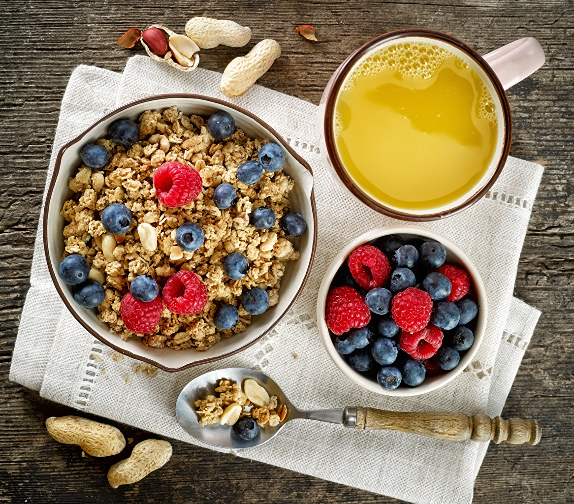 Bilder Frühstück Himbeeren Heidelbeeren Müsli Löffel Lebensmittel
