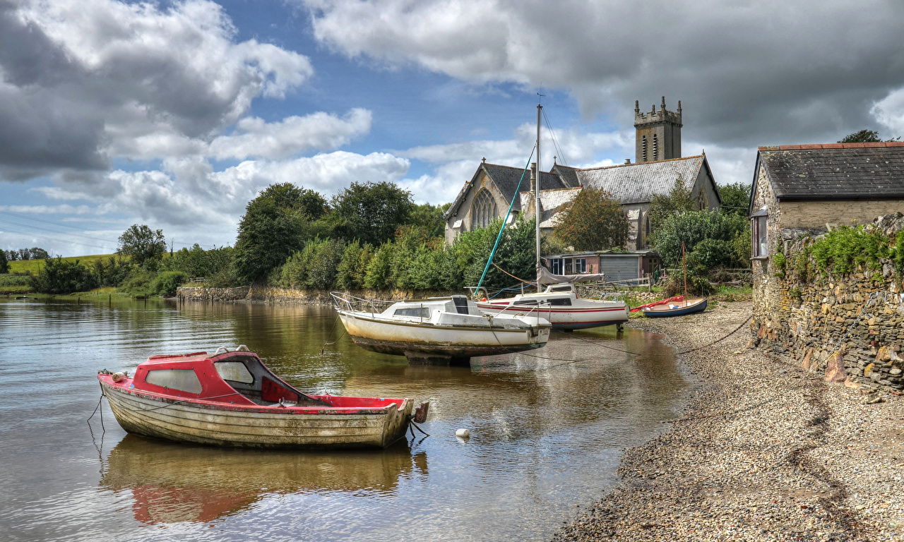 Photos England River Tavy at Bere Ferrers Devon HDR Nature Coast Boats speedboat Houses Cities HDRI Motorboat powerboat Building