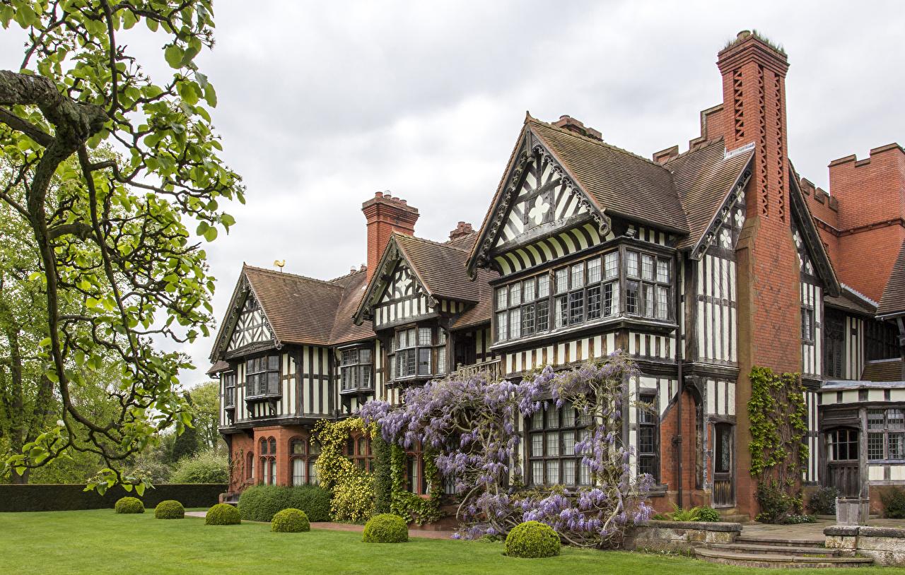 Desktop Wallpapers England Wightwick Manor Mansion Lawn Bush Cities Building Design Houses Shrubs