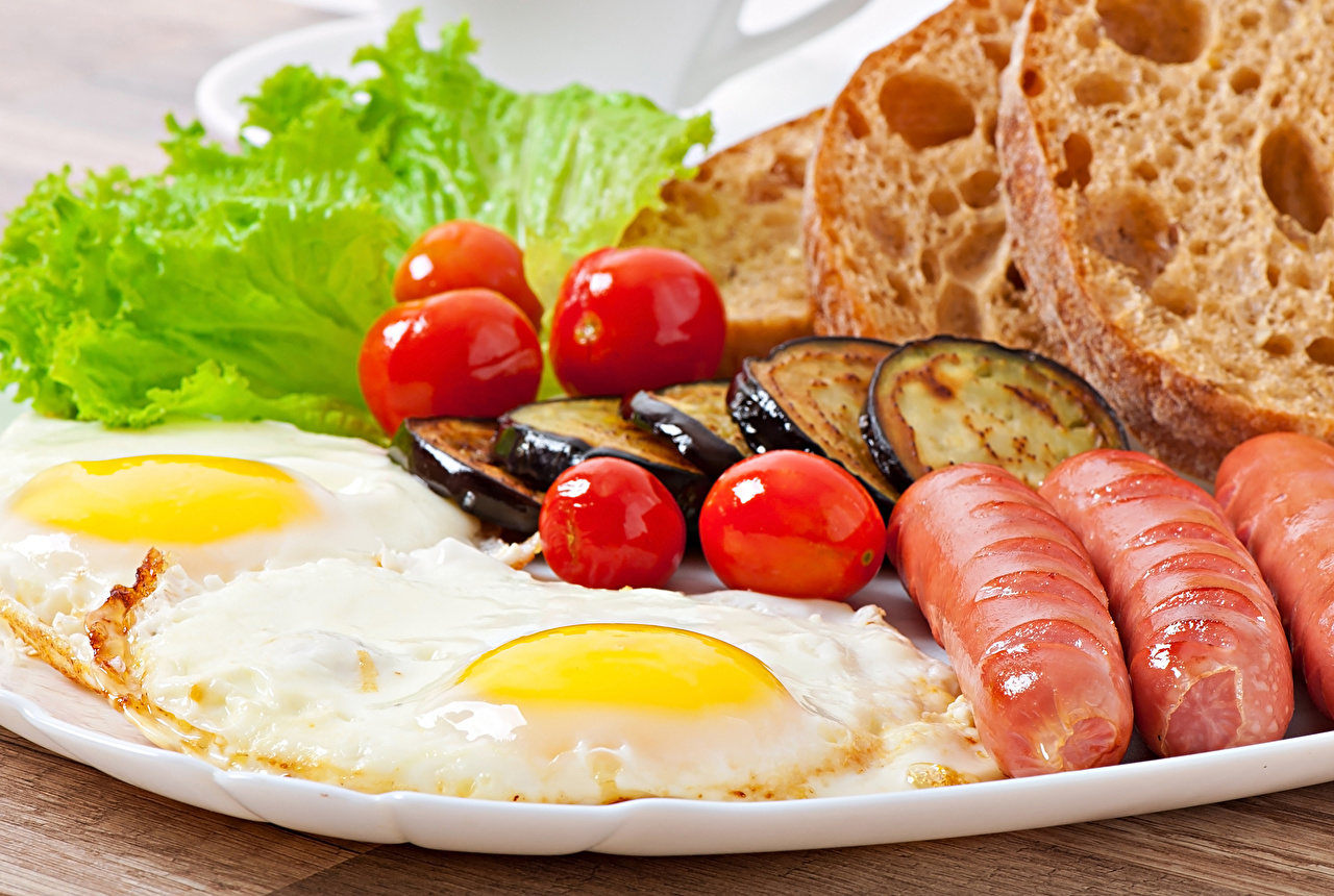 Wallpaper Fried egg Tomatoes Eggplant Bread Vienna sausage Food Vegetables