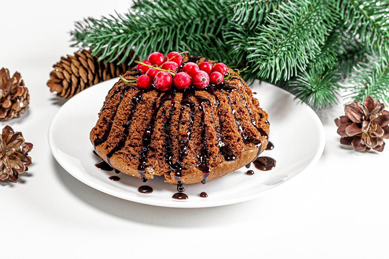 Fotos Neujahr Keks Ast Beere Teller das Essen Lebensmittel