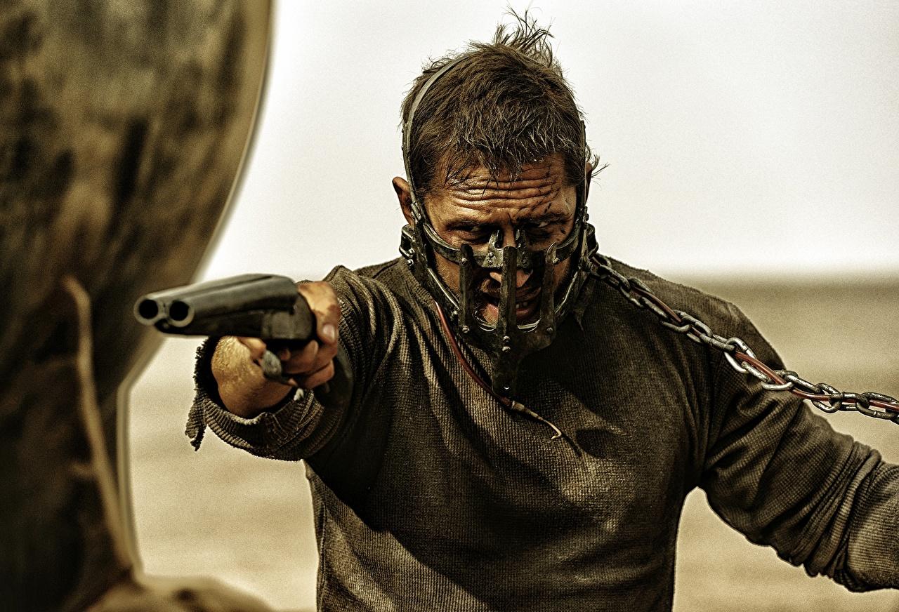 Picture Mad Max: Fury Road Tom Hardy Shotgun Man Chain Movies Men film