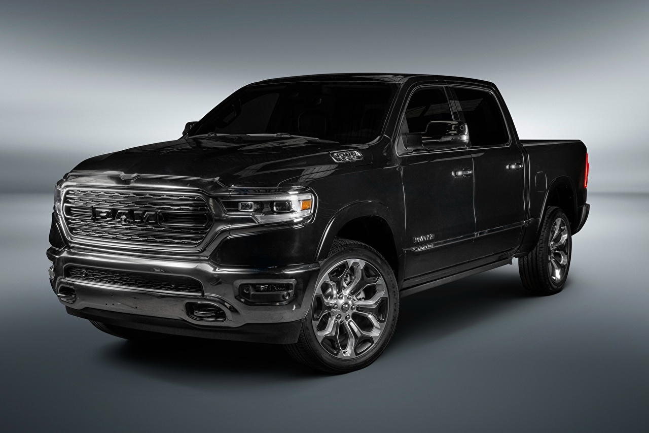 Picture Dodge 2018 Ram 1500 Limited Crew Cab Latam Pickup Black auto Gray background Cars automobile