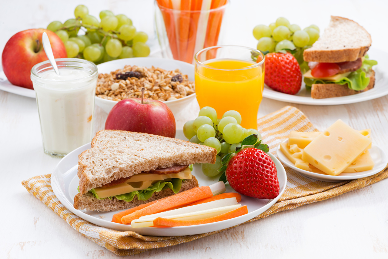 Pictures Milk Juice Sandwich Breakfast Bread Apples Grapes Cheese Strawberry Highball glass Food
