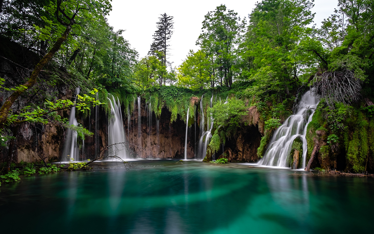Image Croatia Plitvice lakes Nature Waterfalls Lake Parks park