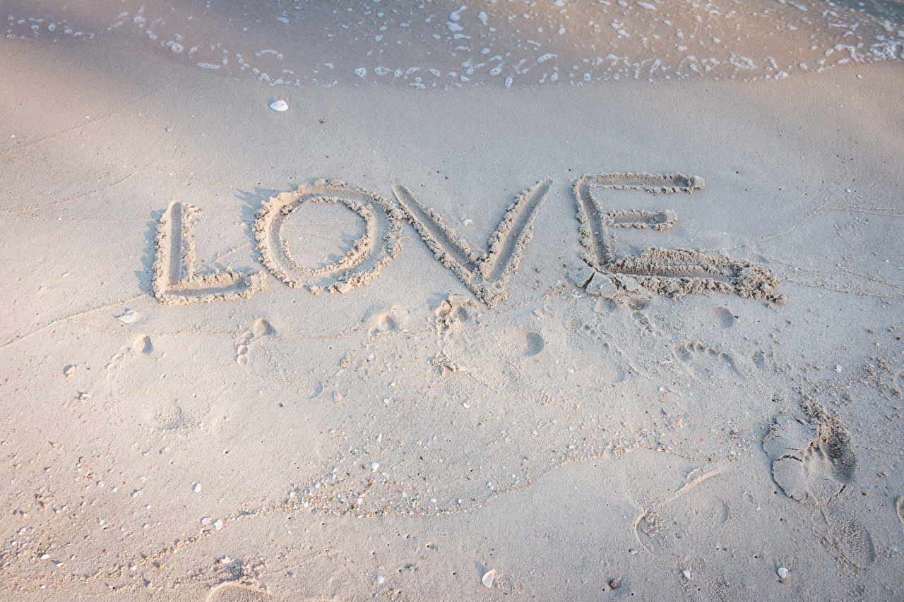 Pictures English Love Sand lettering text Word - Lettering