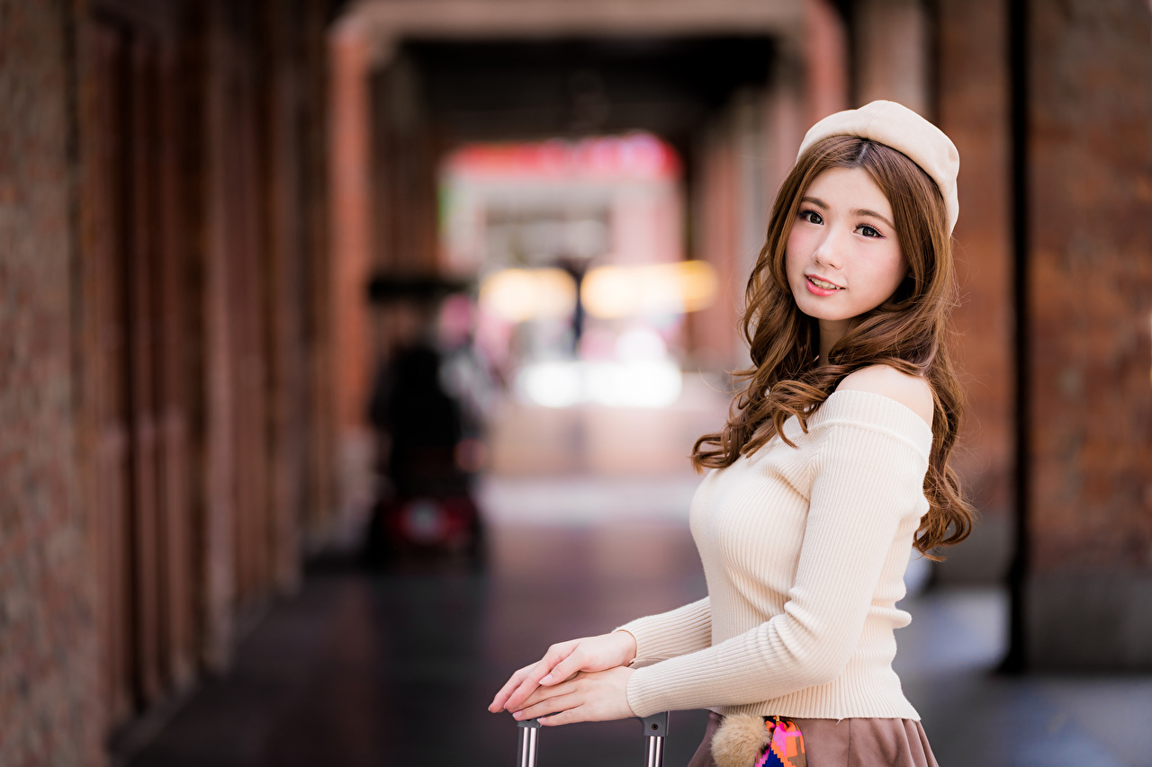 Photo Brown haired Bokeh Beret Beautiful female Asian Staring blurred background Girls young woman Asiatic Glance
