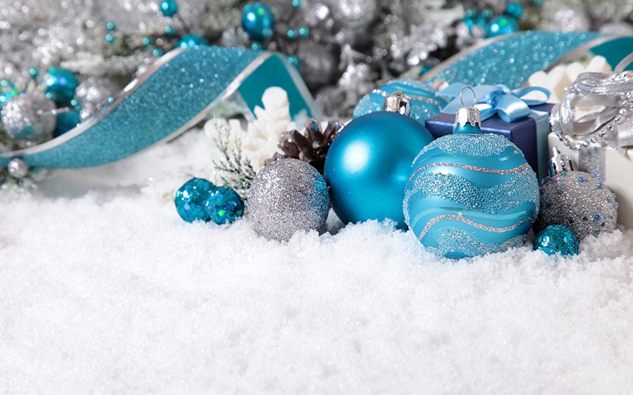 Feriados Ano-Novo Bolas Neve