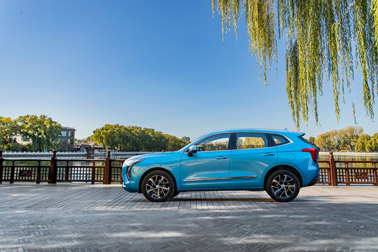 Desktop Wallpapers Haval Crossover Chulian, 2020 -- Light Blue Cars Side Metallic CUV auto automobile
