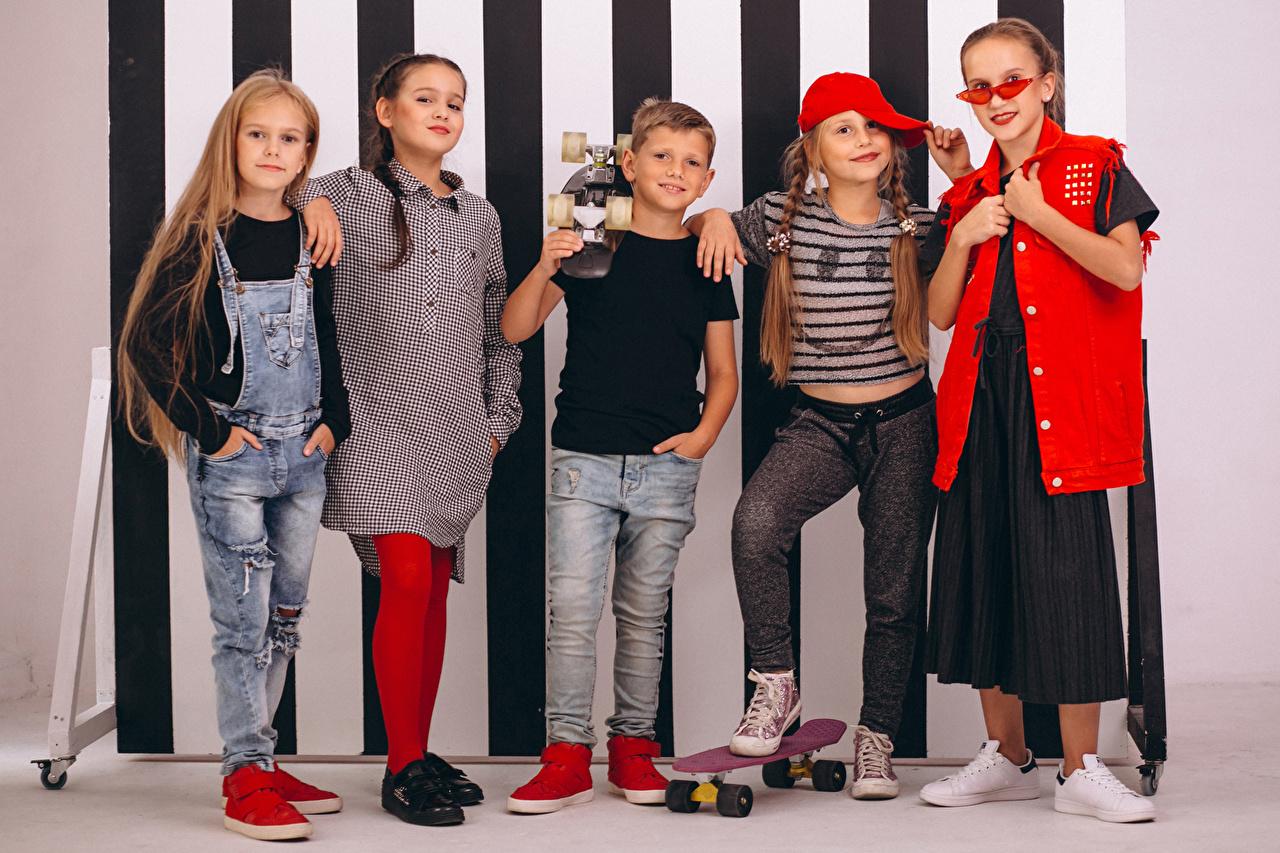 Pictures Little girls Boys child Jeans Skateboard Glasses Children eyeglasses