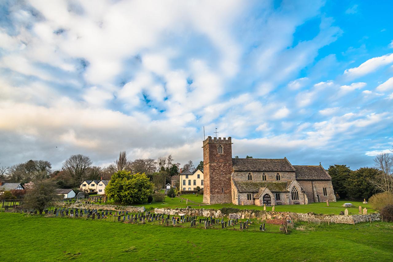 Desktop Hintergrundbilder Kirchengebäude England St Mary Church Almeley Herefordshire Zaun Rasen Tempel Städte Kirche
