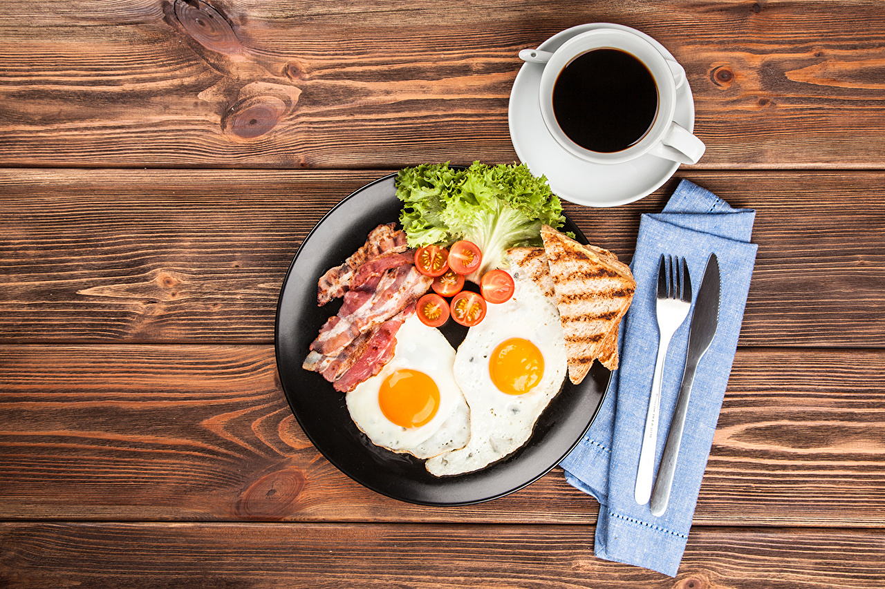 Photos Knife Fried egg Coffee Breakfast Bread Cup Fork Food Vegetables Still-life Meat products
