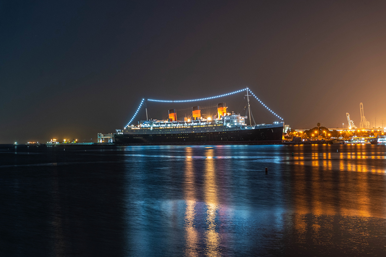 Photo California USA Cruise liner Queen Mary Nature ship Bay night time Fairy lights Ships Night