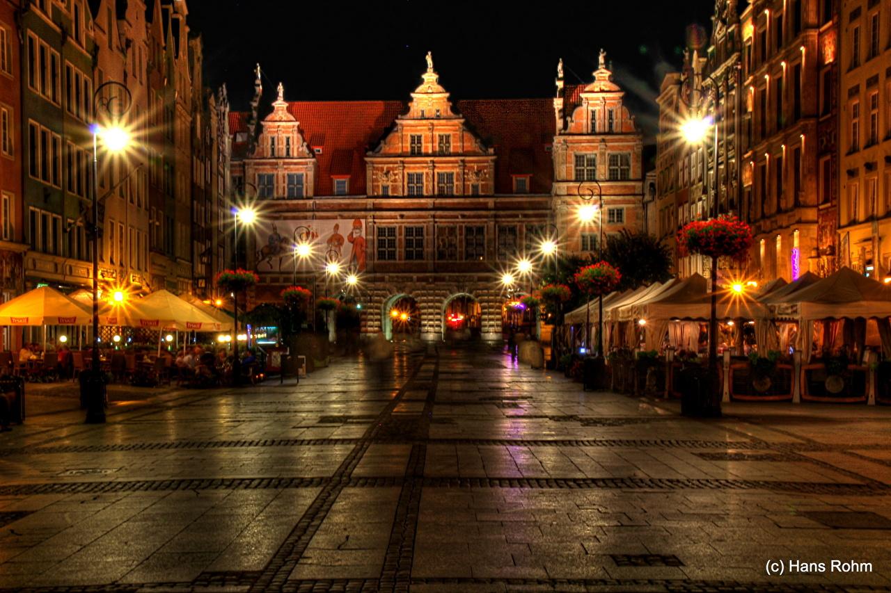 Photos Gdańsk Poland Street Pavement night time Street lights Houses Cities Night Building