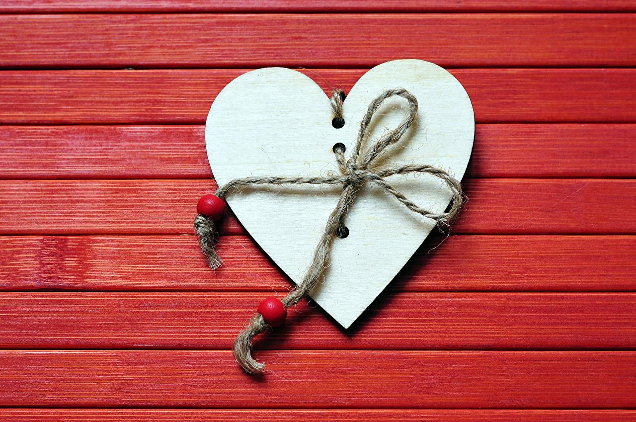 Bilder Valentinstag Herz Roter Hintergrund Bretter