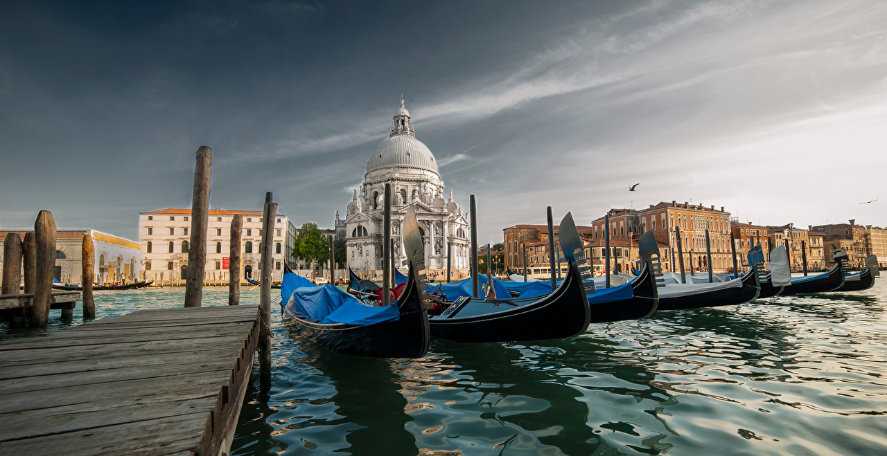 Image Venice Cathedral Italy St Maria of Salute Basilica Boats Marinas Houses Cities Pier Berth Building