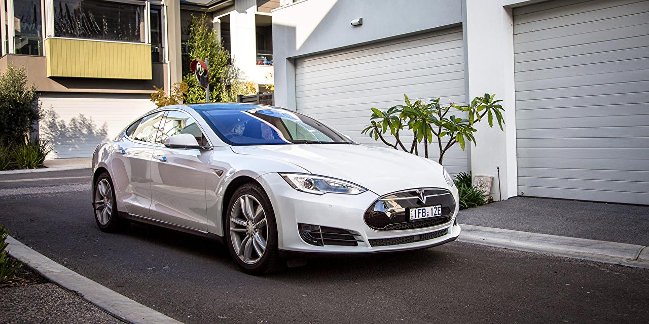 Photo Tesla Motors 2016 Model S 70 White Metallic automobile Cars auto