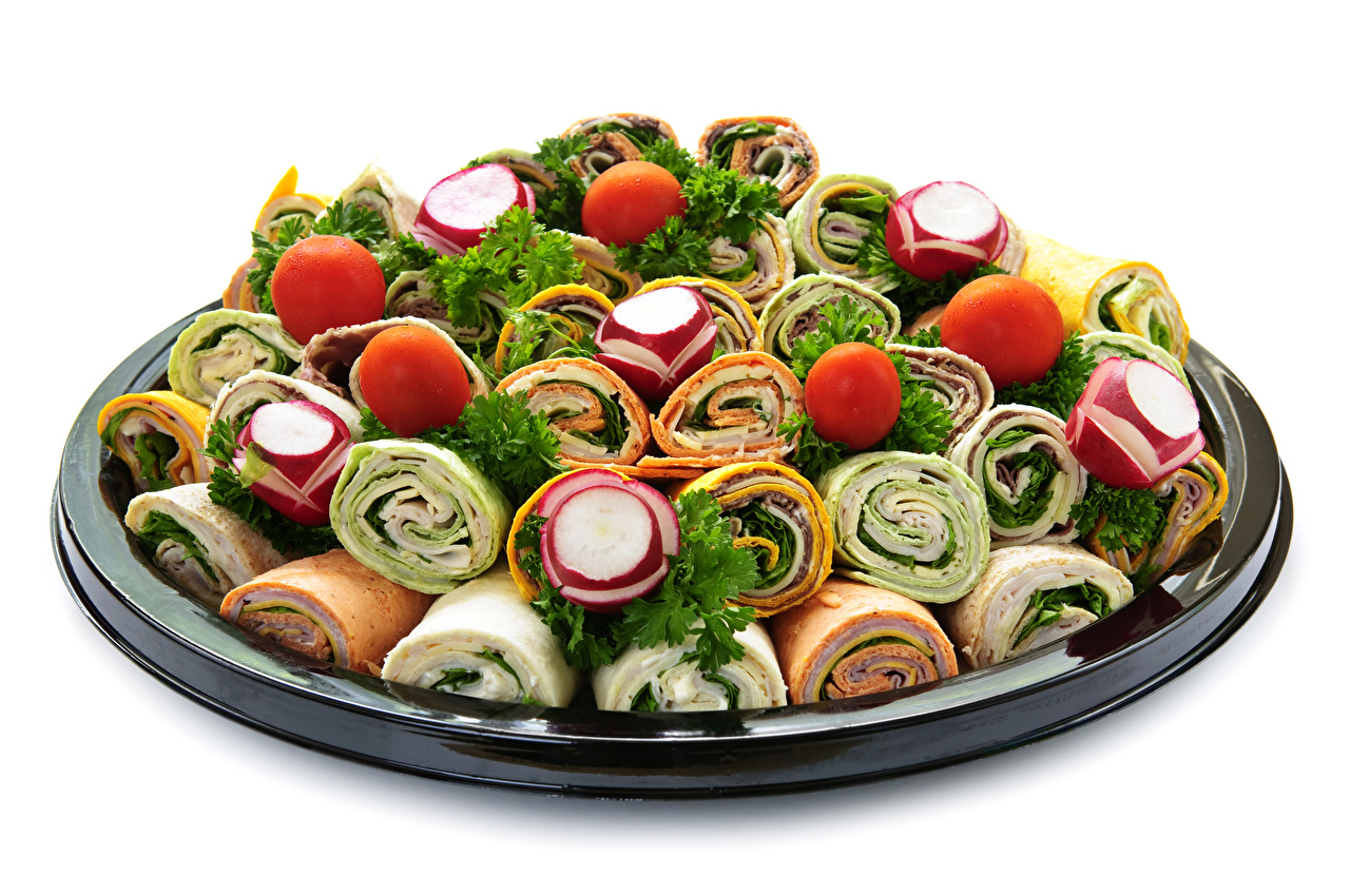 Bilder Tortilla Tomate Radieschen Fast food Gemüse Lebensmittel Weißer hintergrund