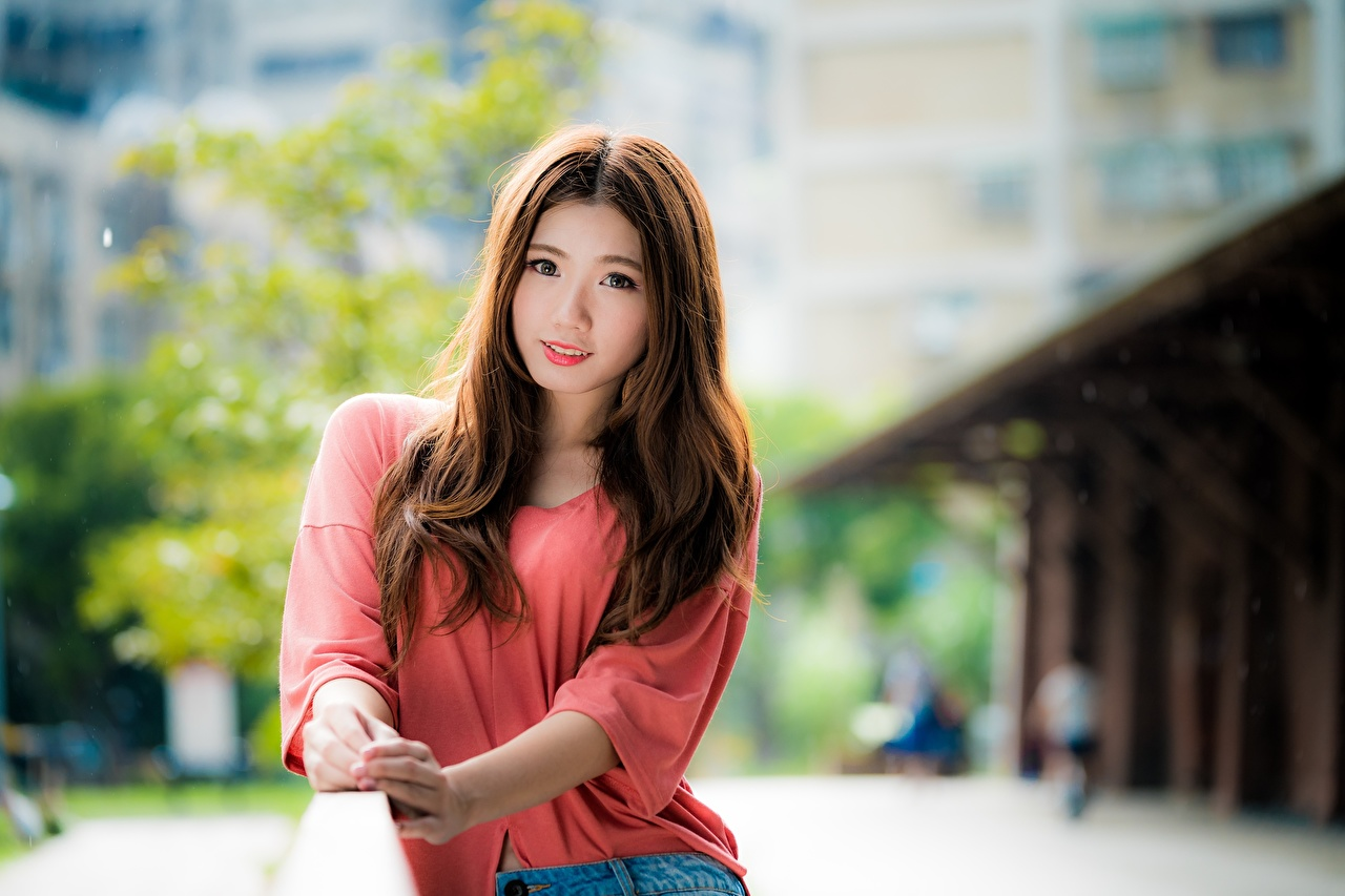 Desktop Wallpapers Brown haired blurred background sweet female Asian Hands Staring Bokeh Cute lovely pretty Girls young woman Asiatic Glance