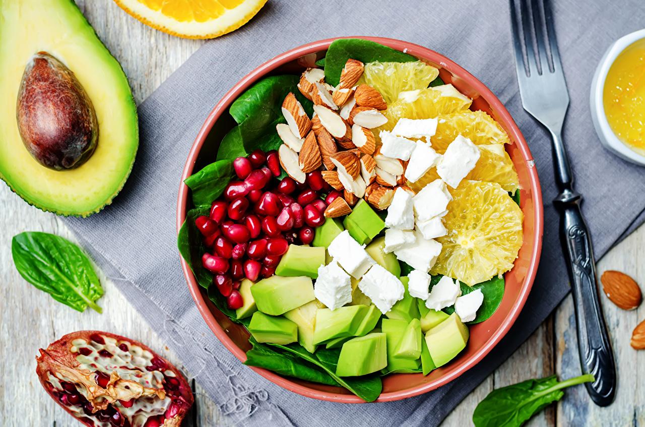 Bilder Käse Getreide Granatapfel Obst Salat Lebensmittel Schalenobst Nussfrüchte