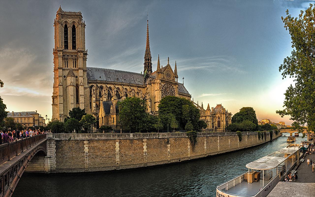 Bakgrunnsbilder til skrivebordet Paris Katedral Frankrike Notre-Dame Broer Tempel Elver Elv en by en bro Byer byen