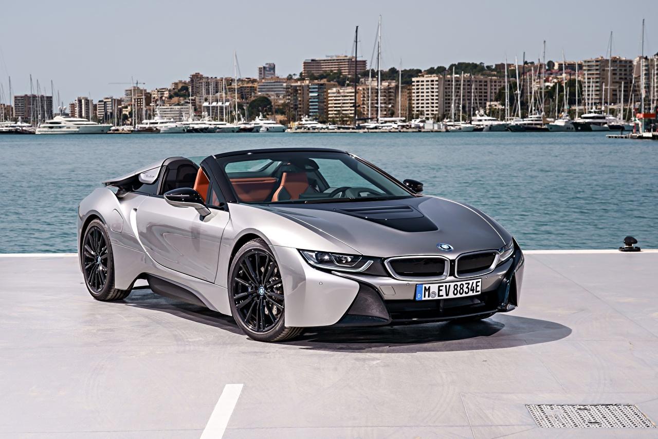 Fotos BMW i8 Roadster Silber Farbe auto Autos automobil