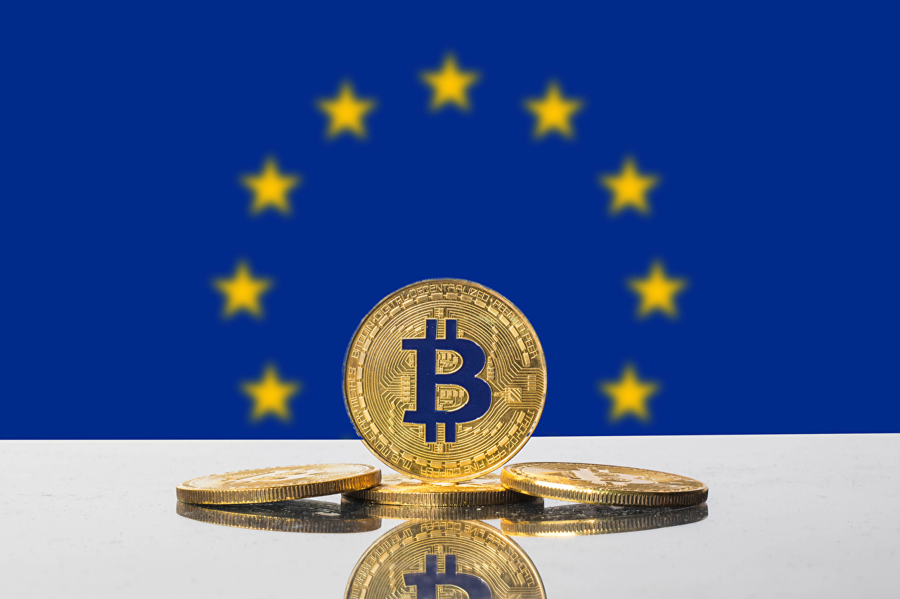 Desktop Wallpapers Coins Europe Bitcoin Gold color Flag