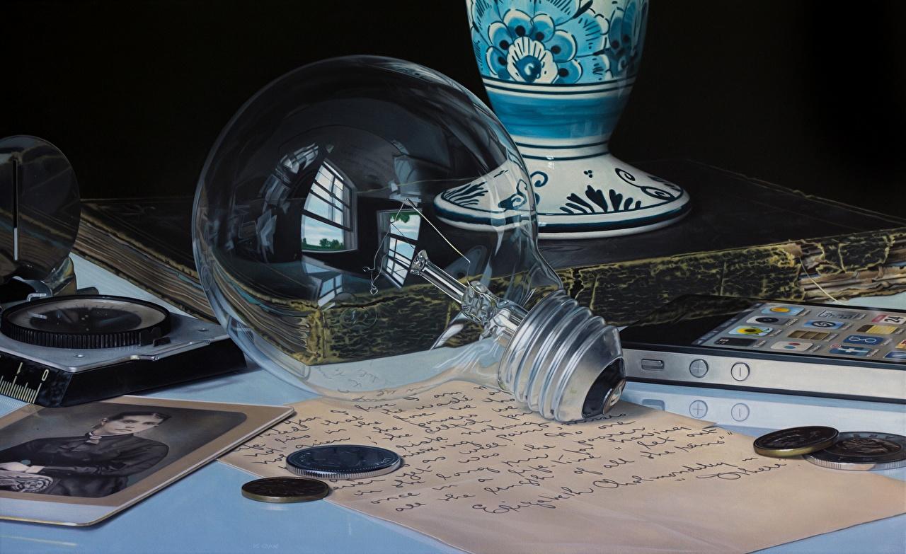 Image Jason de Graaf Light bulb Closeup