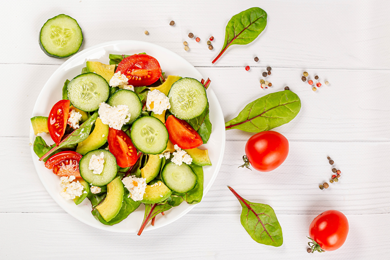 Pictures Tomatoes Cucumbers Black pepper Cheese Food Plate Salads Vegetables